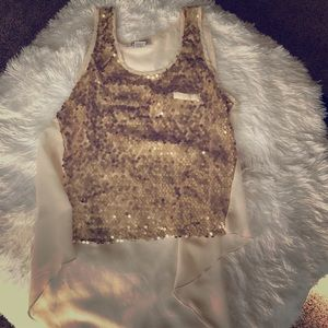 Snazzy✨ gold sequin tank
